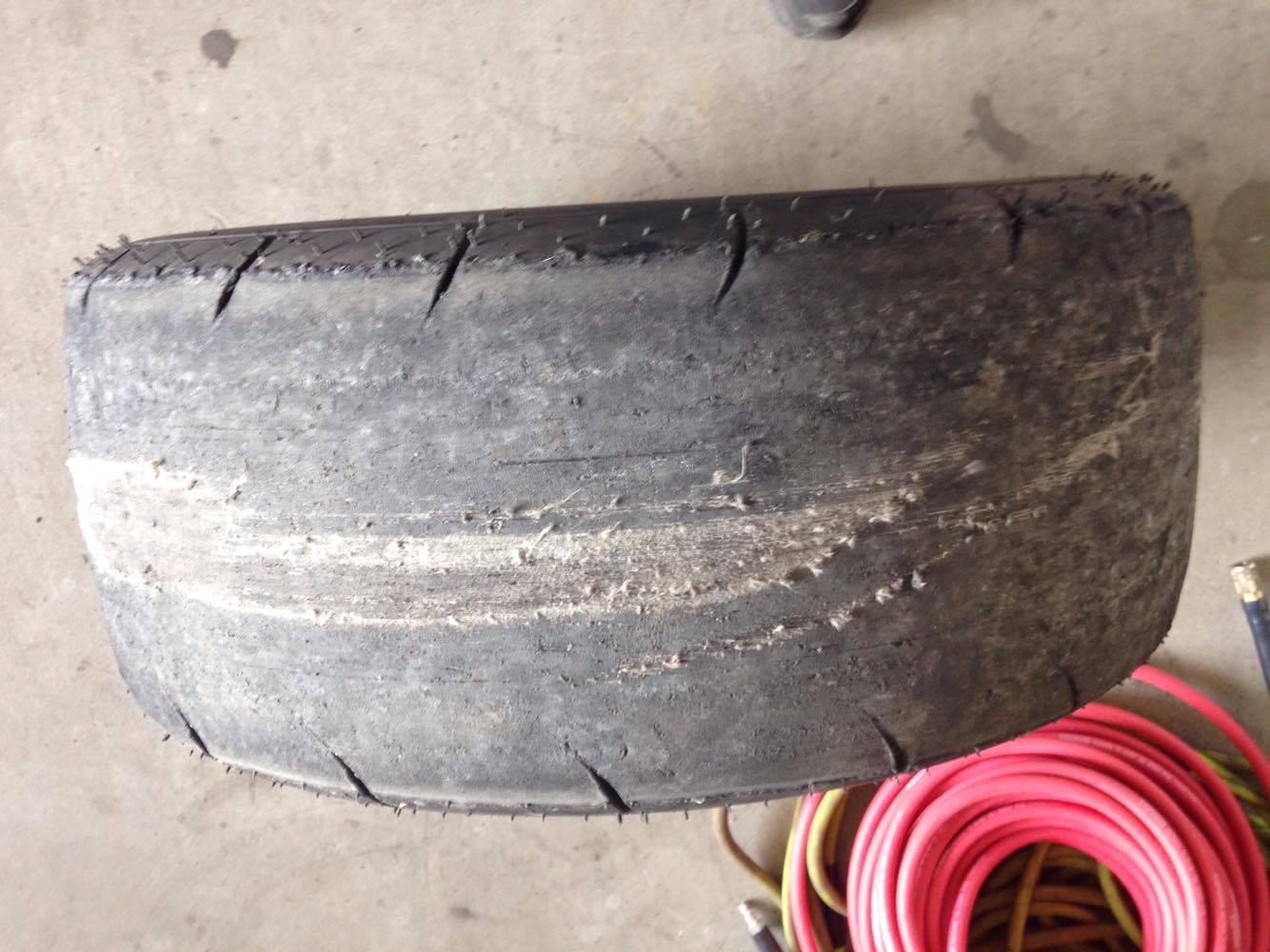 Oui monsieur, il était dû pour changer ces pneus !!!